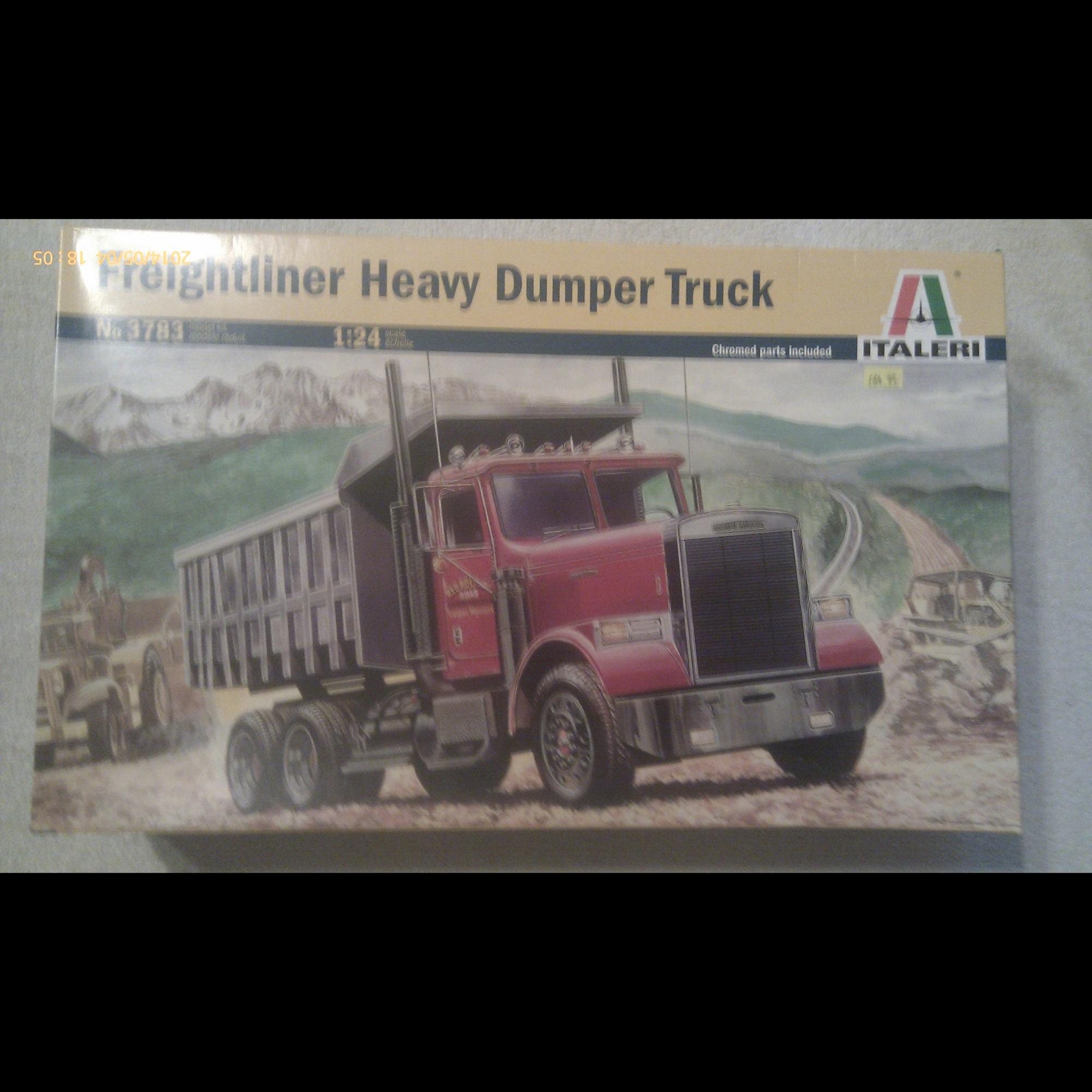 Freightliner Heavy Dumper Truck