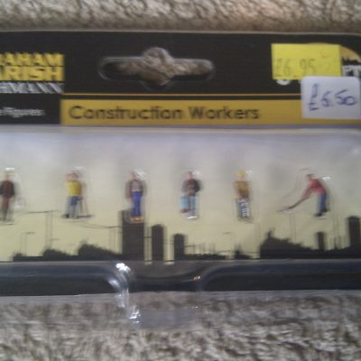 Construction Workers 379-302