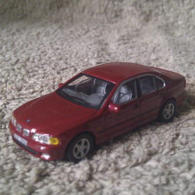 BMW 5 Series Sedan 1:72