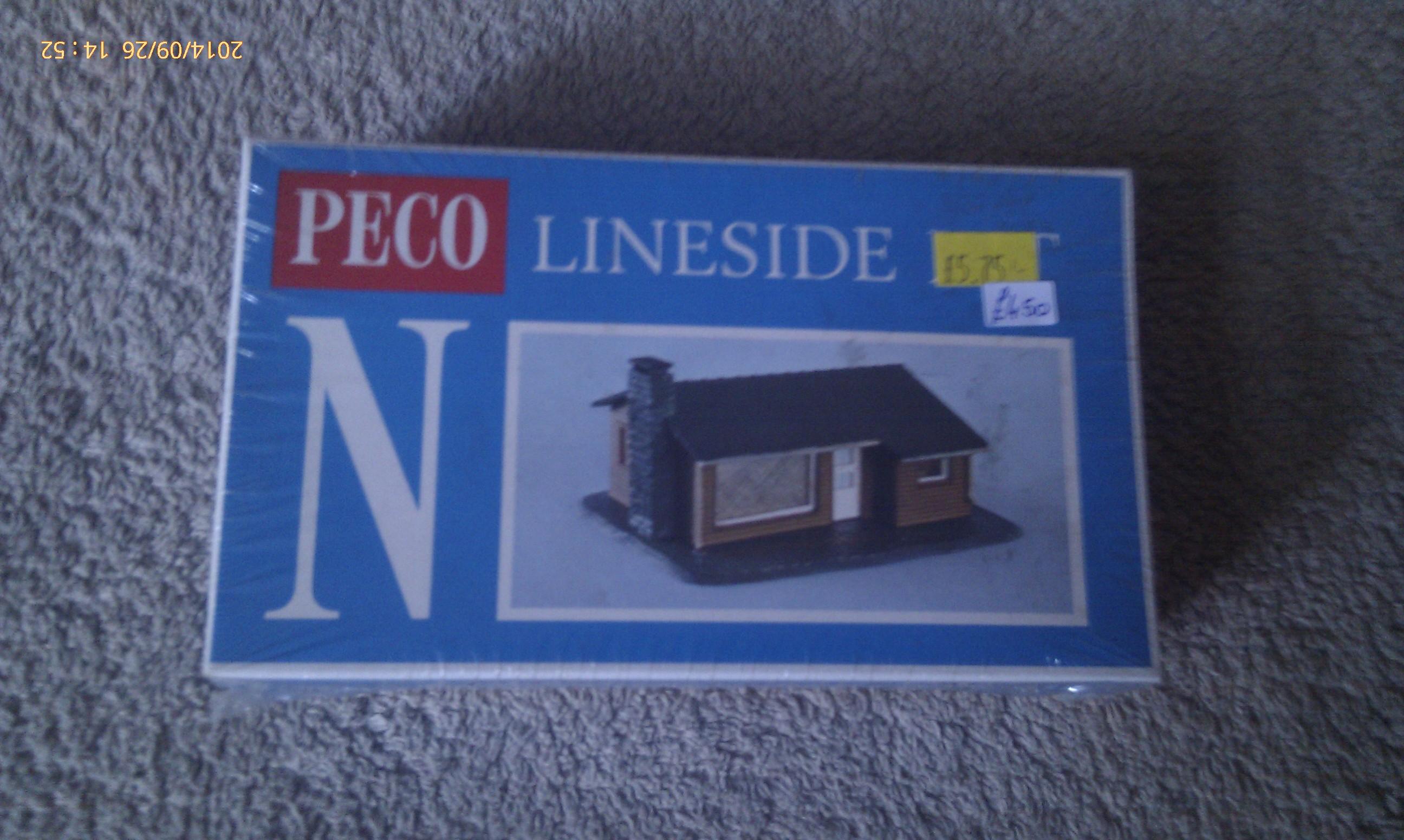 Peco Lineside Kit - Small Cedarwood Bungalow NB-9
