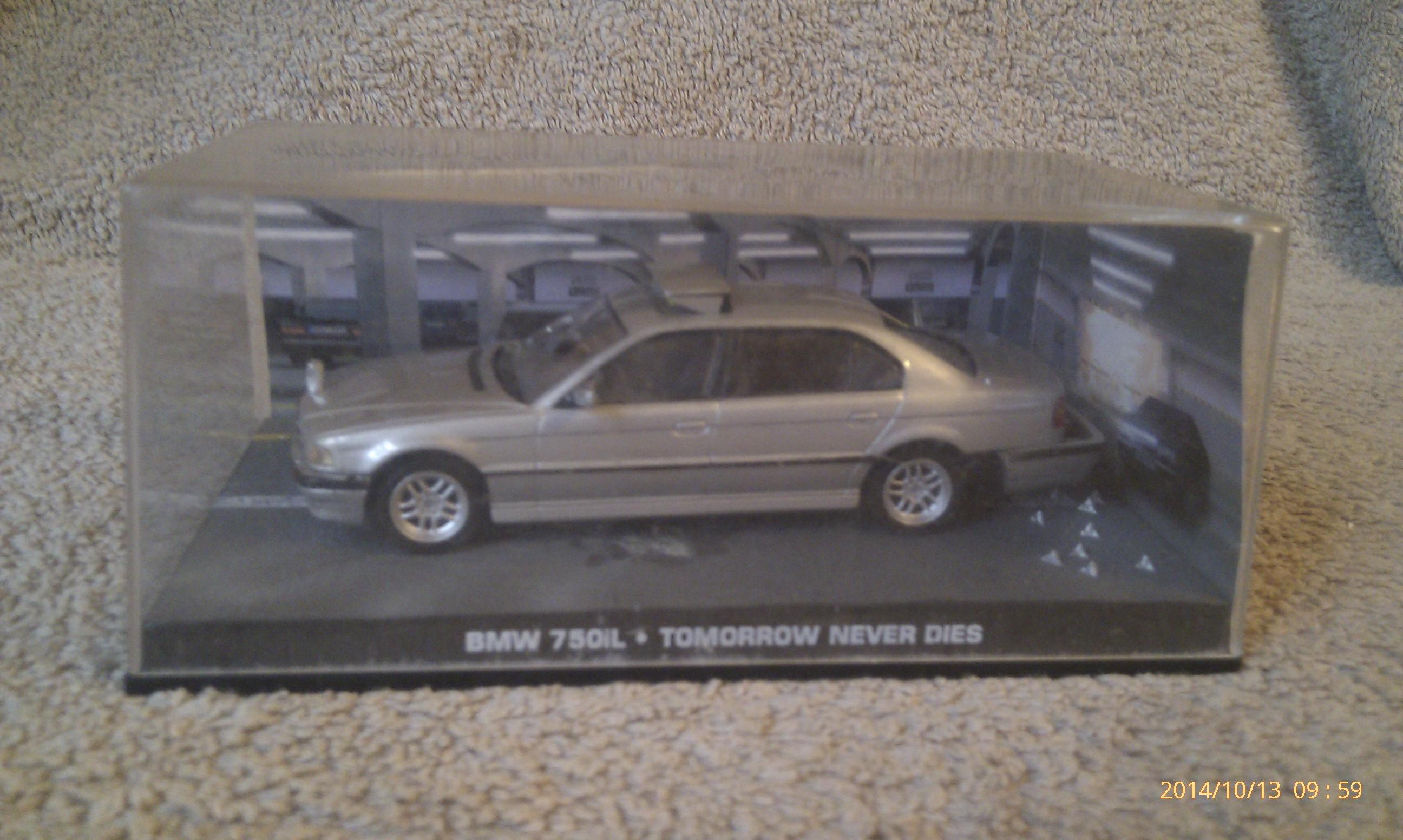 BMW 750i - James Bond - Tomorrow Never Dies