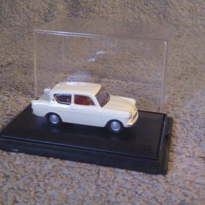 Ford Anglia Cream