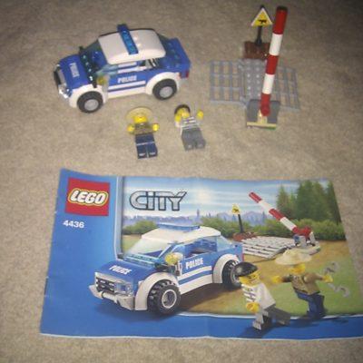Lego 4436 Police Crossing
