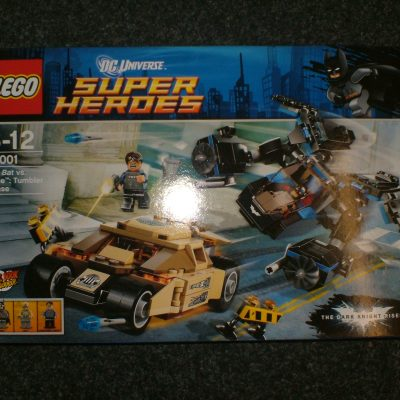 Lego DC Super Heroes 76001 The Bat vs. Bane: Tumbler Chase