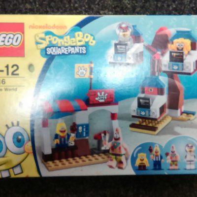 Lego 3816 Spongebob Glove World