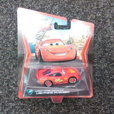 Cars 2 - Lightning McQueen Piston Cup 26