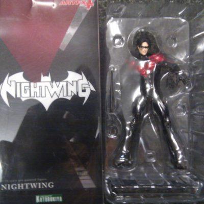 1/10 Scale Nightwing Figure